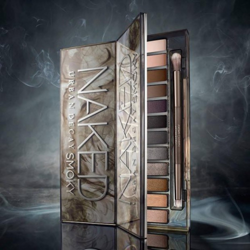 Urban-Decay-revisite-le-smoky-eye-avec-la-palette-Naked-4_visuel_article2.jpg