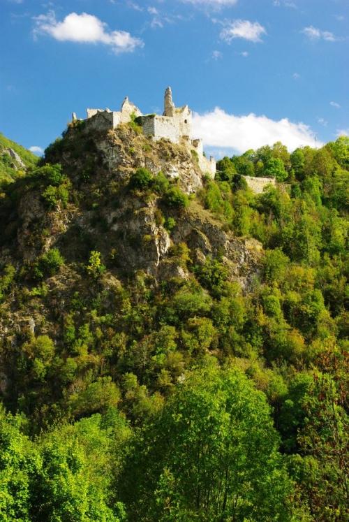 Château_cathare_d'Usson-les-Bains_(Rouze_;_Ariège).jpg
