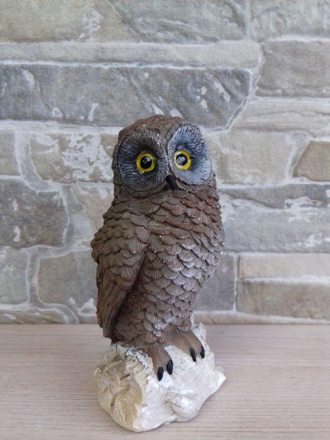 Figurine chouette, hauteur 11.5 cm. 8.5 €