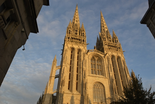 29_cathedrale_Quimper_Finist_re_Bretagne_France__19_[1].jpg