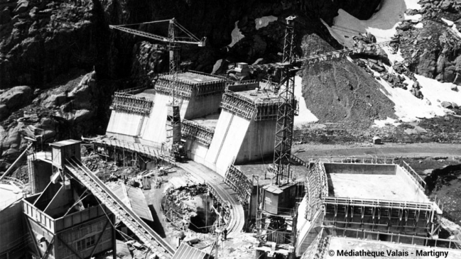 construction-barrage-emosson-1967-1973-900x506.jpg