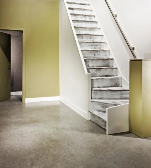 Peinture-deco-escalier-Saint-Maclou.jpg