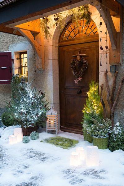 un-noel-2014-avec-une-decoration-lumineuse-pour-le-jardin_5125208.jpg