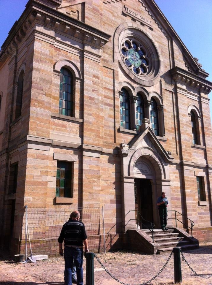 synagogue1.jpg