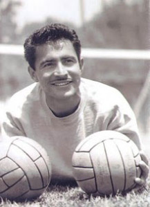 Antonio-Carbajal.jpg