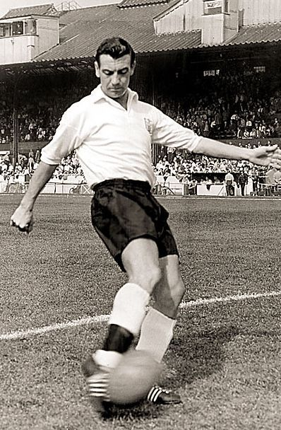 Johnny Haynes.jpg