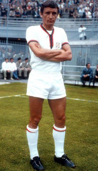 Luigi Riva.jpg