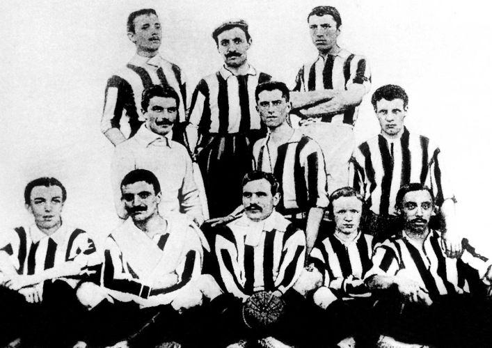 Juventus Turin 1905.jpg