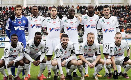 Amiens SC 2017.jpg