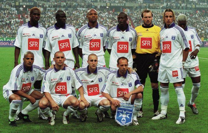 AJ Auxerre 2003.jpg