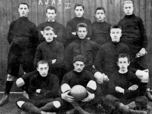 Ajax Amsterdam 1901.jpg