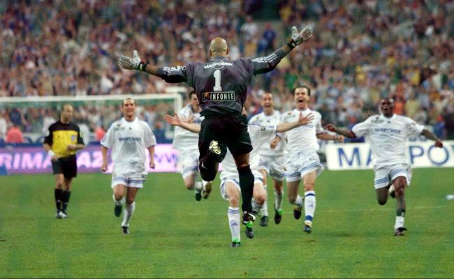 RC Strasbourg 2001.jpg