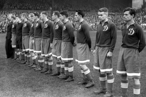 Dynamo Moscou 1945.jpg