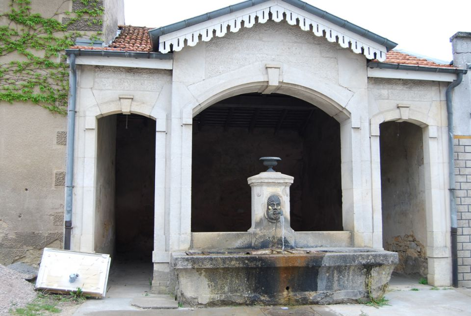 DFF          Diplôme des Fontaines De France