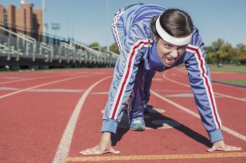 femme au départ d'une course