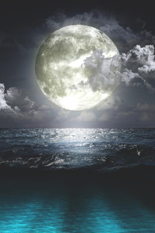 lune mer.jpg