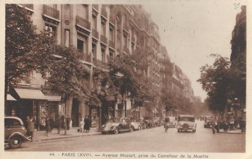 Avenue Mozart Carrefour de la Muette.PNG