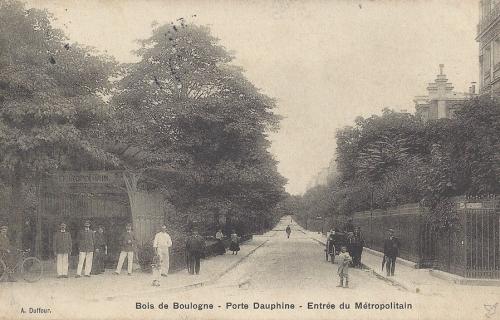 Bois de Boulogne - Porte Dauphine - Entrée du Métropolitain .PNG