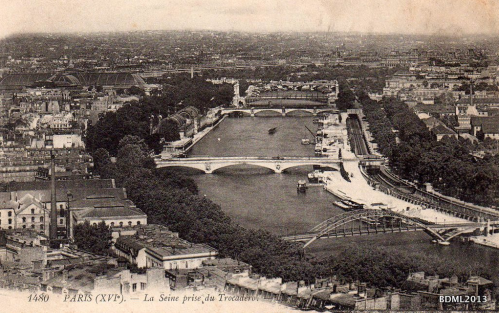 La Seine vue du Trocadéro (XVI).PNG