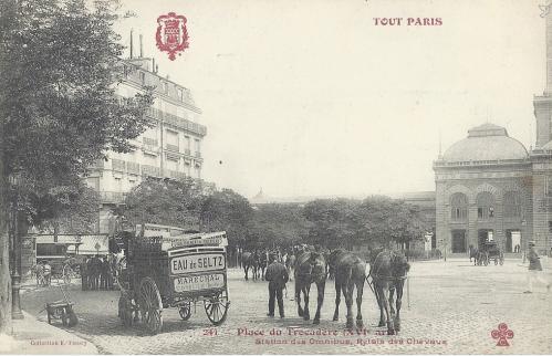 Place du Trocadéro XVI° arrt.PNG