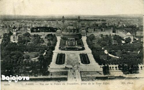 Vue sur le Palais du Trocadero prise de la Tour Eiffel.PNG