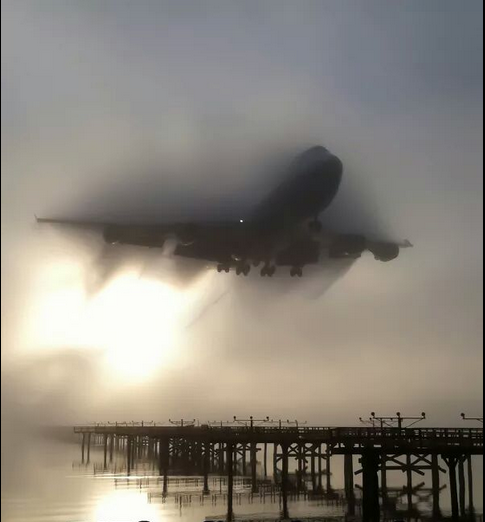 747.PNG