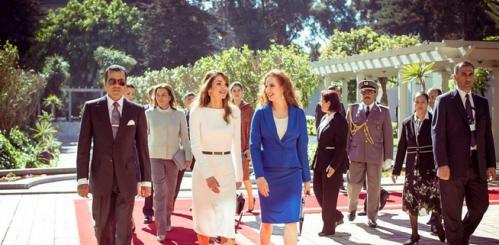 Reines de Jordanie et du Maroc.PNG