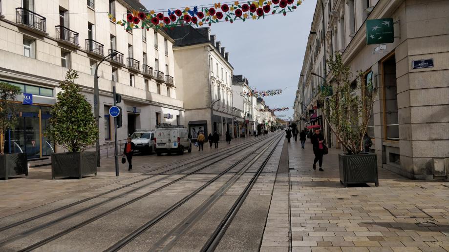 Tour et son tramway