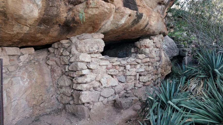 La grotte proprement dite