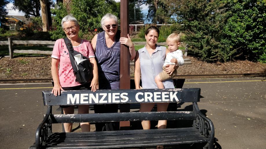 Avec Anita à la gare de Mensies Creek