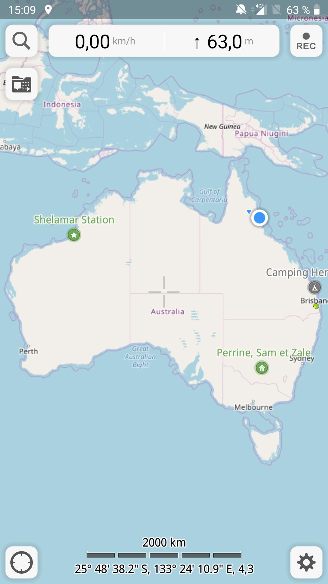 Cairns c'est le point bleu en haut à droite sur la carte