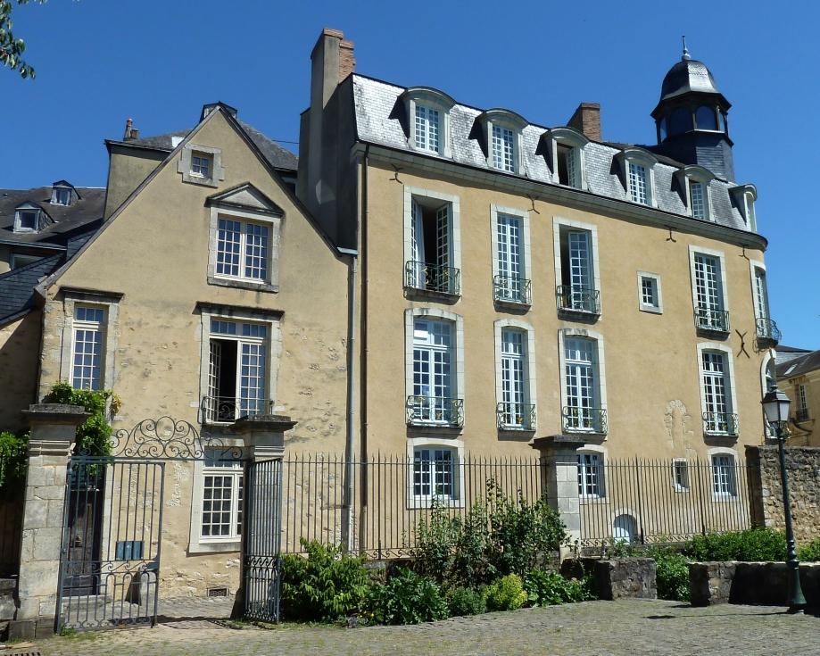 Hôtel Nepveu de Rouillon