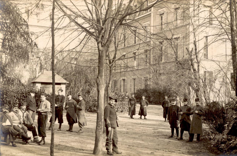 Un hôpital militaire au Mans Blessés français en convalescence