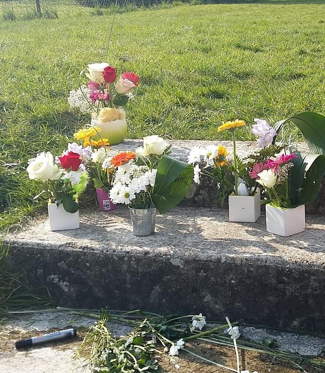 bouquets pots.jpg