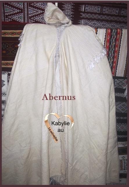 le burnous kabyle symbole de dignité