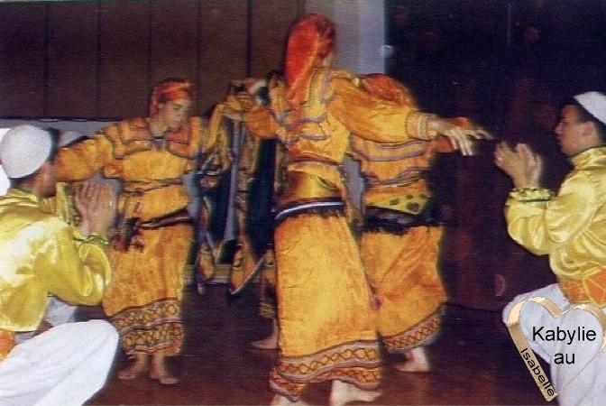 Danseurs kabyles