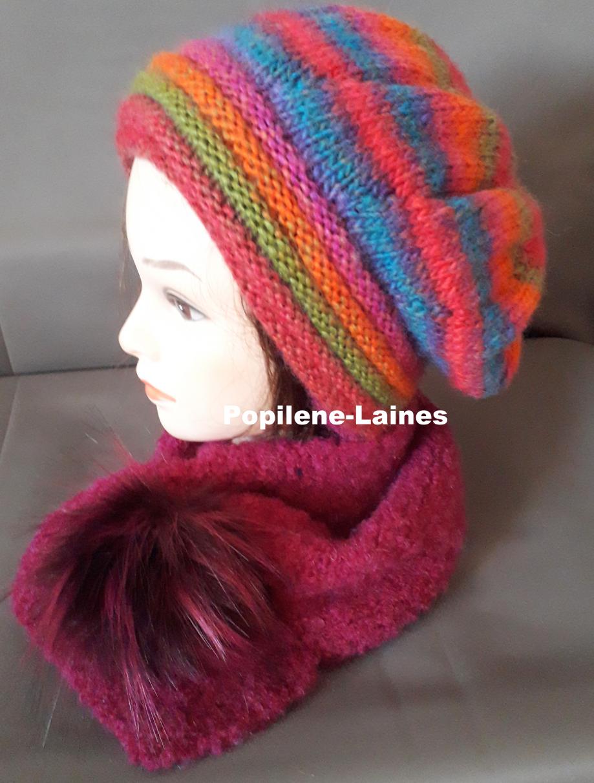 Ensemble bonnet et écharpe doublée Le bonnet est tricoté au point de godron et jersey, il est doublé sur la hauteur du point godron. L'écharpe , tricotée en laine polaire, agrémentée d'un pompon imitation fourrure, est un tour de coude 80cms de long Marque Yarns, qualité Sultan : 30% laine,70% acrylique