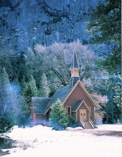 église dans la neige.jpg