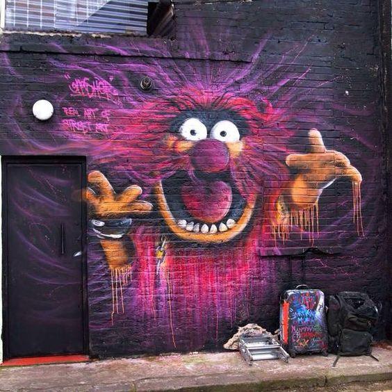 mur monstre poilu.jpg