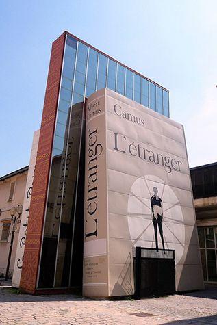 mur livre Camus.jpg