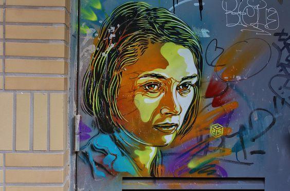 mur visage de femme 40 ans.jpg