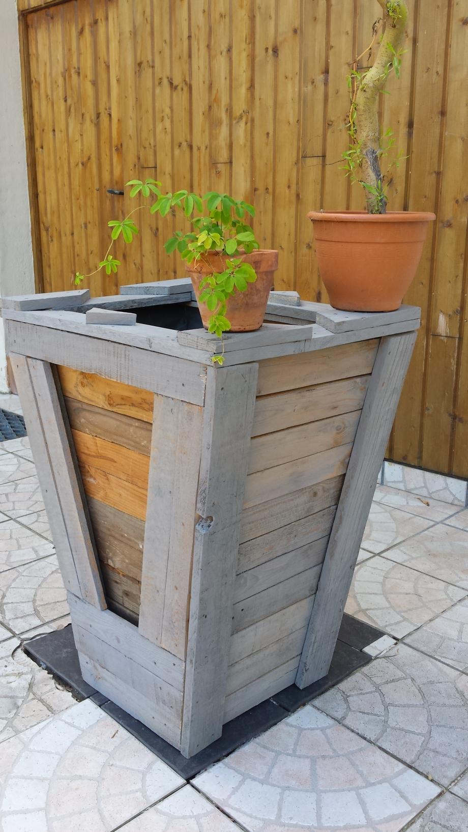 Les jardini res xxl cabane peinture palettes techniques petits bricolages - Jardiniere xxl ...