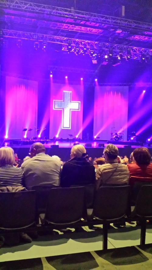 concert prêtres 1.jpg
