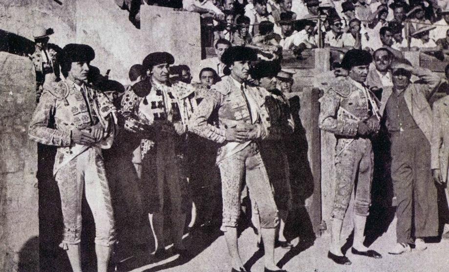 1957 PEPE DOMINGUÍN LUIS MIGUEL DOMINGUÍN Y DOMINGO ORTEGA CD JOSE CABANES.jpg