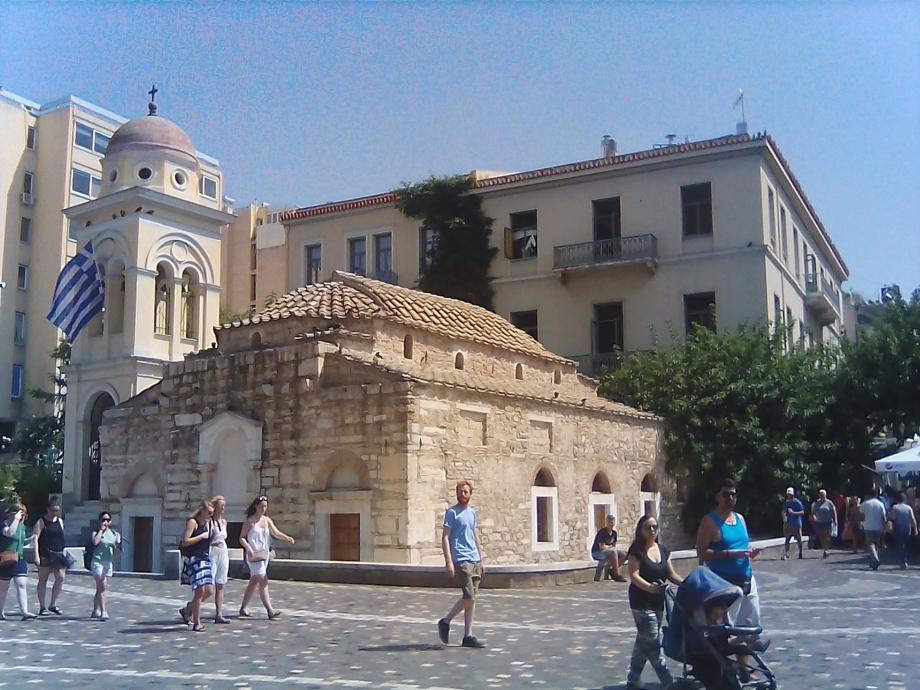 2017 Athènes Monastiraki 01.jpg