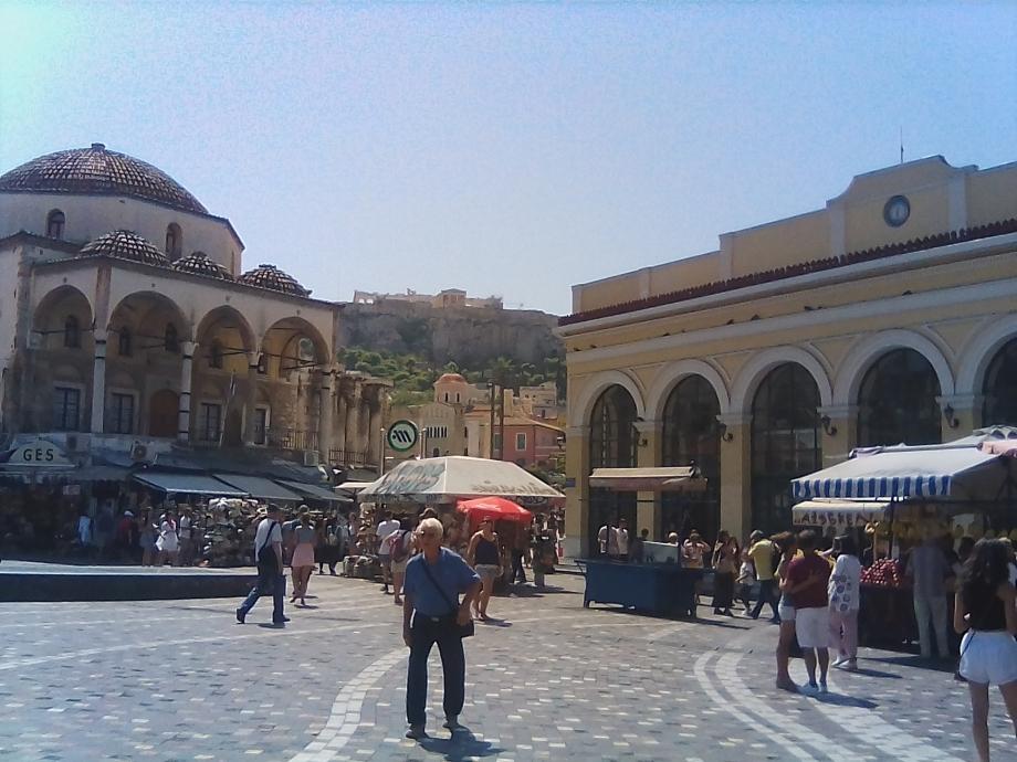 2017 Athènes Monastiraki 02.jpg