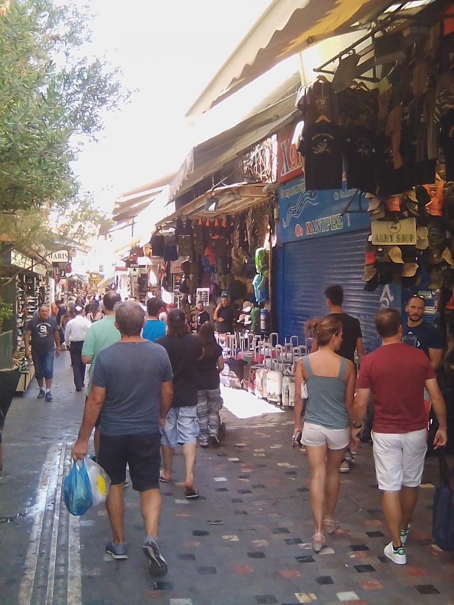 2017 Athènes Monastiraki 04.jpg