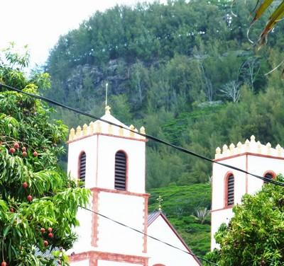 https://www.blog4ever-fichiers.com/2015/04/801019/30_mangareva_rikitea_cathedrale.JPG