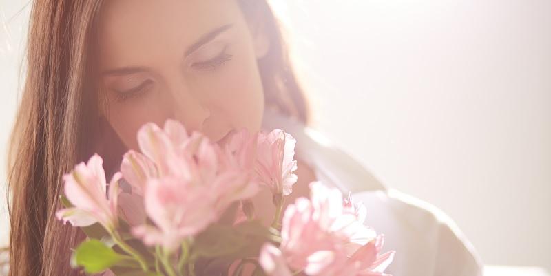 Séduction-femme-fleurs.jpg