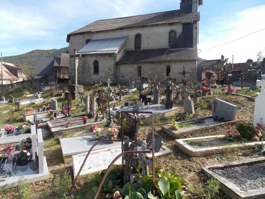 DSCN1642 cimetière Moures.JPG